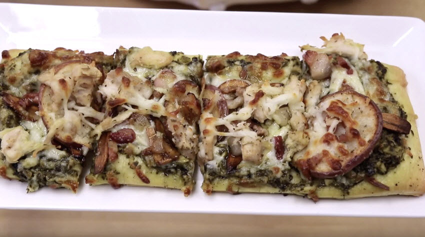 pesto garlic chicken pizza